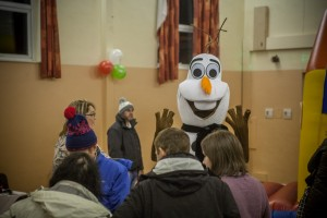 Olaf at the 2015 Christmas Grotto Event at the Ile Youth & Community Centre